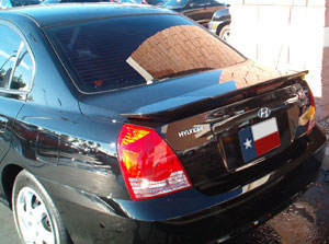 Hyundai Elantra 4-dr. 3-Post Factory Style Spoiler with Light 2004-2006